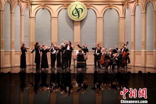 """凯迪拉克·上海音乐厅""""mini音乐节""""。 官方供图 摄"""